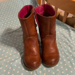 Adorable toddler boots size 7